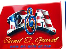 DETAIL -  curved AIRBRUSH patriotic LETTERING on engine cover